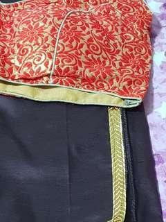 🚚 Silk saree with contrast blouse! Price reduced!