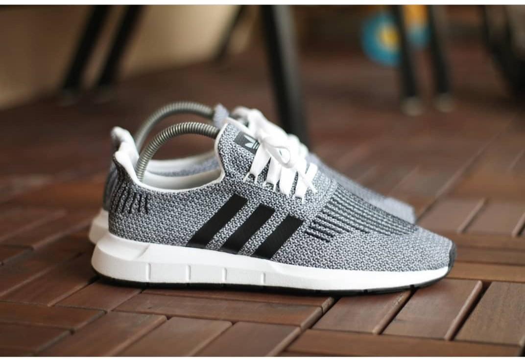 Adidas Swift Run grey replaced box