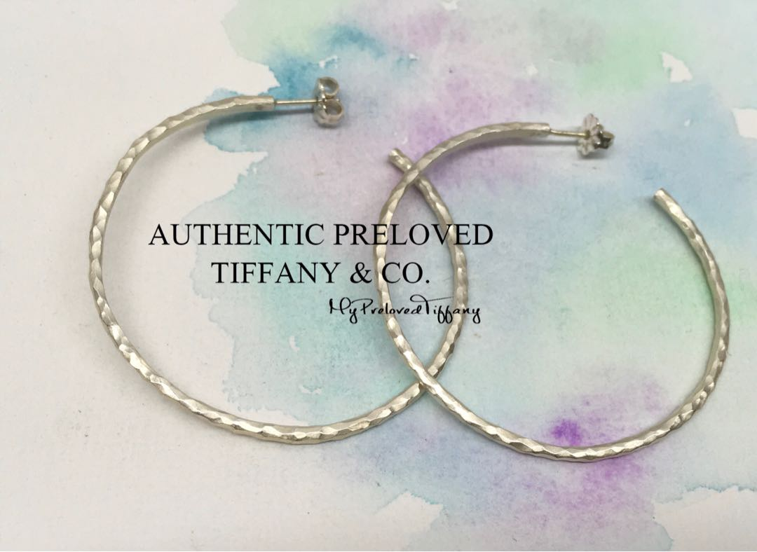 94485e6aa08b9 Authentic Tiffany & Co. Paloma Picasso Hammered Large Hoop Earrings 2