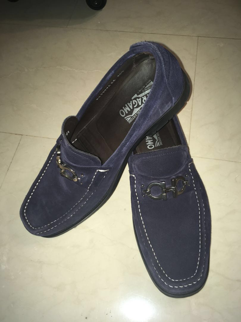 6e48dbfc5e695 Ferragamo Blue Suede Loafers, Men's Fashion, Footwear, Others on Carousell