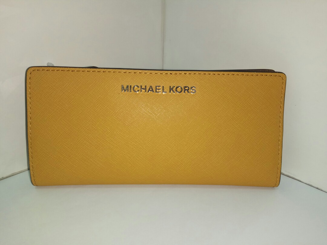 dab37fa7ab53 Michael Kors Jet Set Travel Card Case Carryall Wallet in Marigold ...