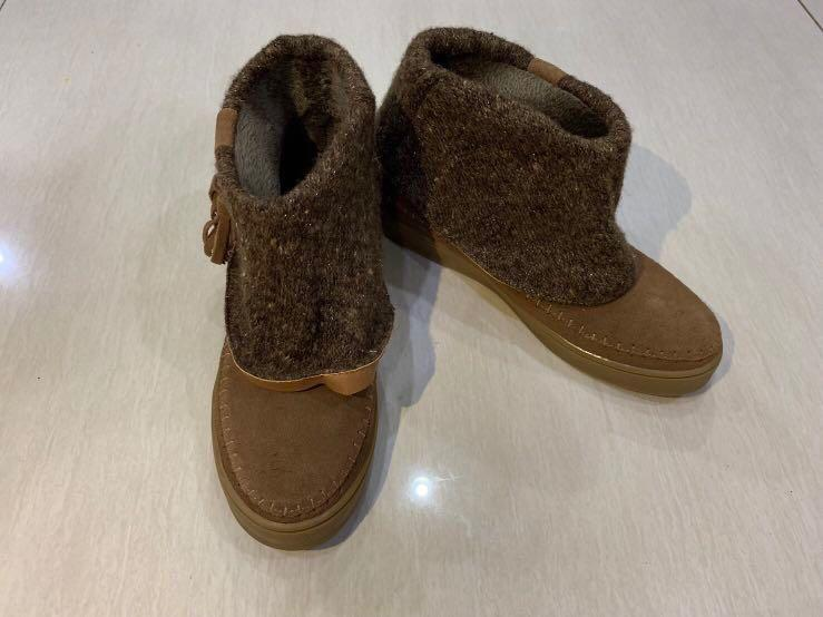 Preloved excelent cindition winter boots