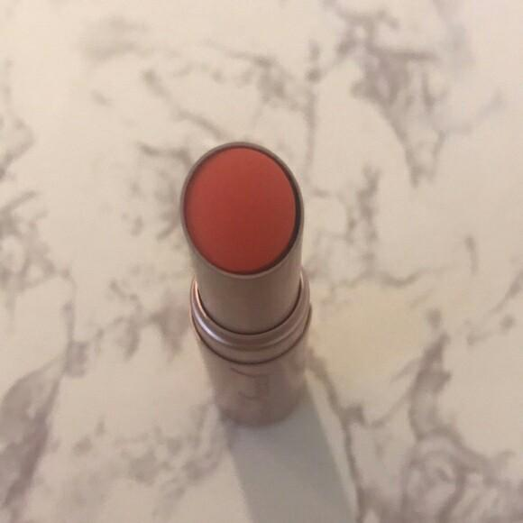 Too faced la creme lipbalm