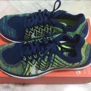 b5e500355e80 Nike Men s Free 4.0 Flyknit Running Shoes (Size ...