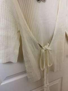Snidel 全新 直間露背綁蝴蝶結 米白色上衣