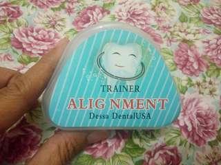 Alat Perapih Gigi Trainer Alignment