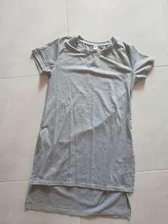 🚚 Grey Slit Top