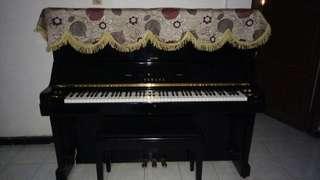 Piano Upright Yamaha-UX (Built up japan)