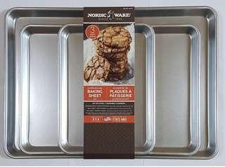 Brand New NORDICWARE 3 Piece Professional Baking Sheet Set