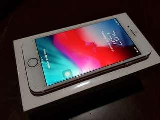 iPhone 7 32GB Rose Gold Factory Unlocked smooth
