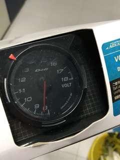 Defi Volt Meter