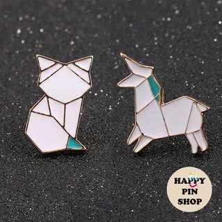 [AVAIL] White Origami Enamel Pin: Fox, Unicorn