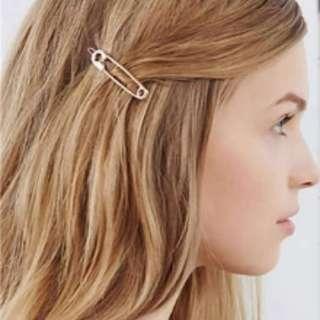 Pin Hairclip Ornament