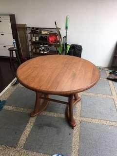 Scanteak Table
