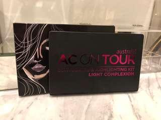Australis AC On Tour Powder Contouring & Highlighting Palette