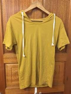 芥末黃連帽上衣#一百均價