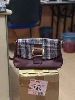Slingbag / Handbag (Brown)
