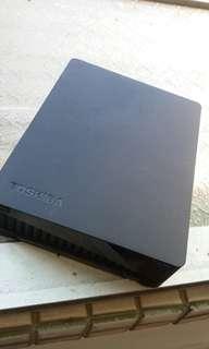 Toshiba 外接行動硬碟 2tb