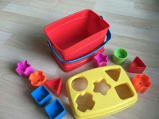 Pre loved shape sorting toys with box