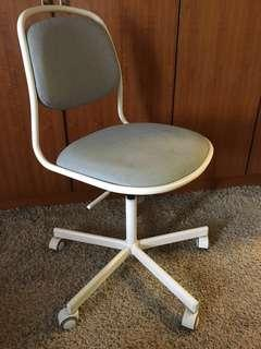 [reduced price] IKEA orfjall/sporren swivel chair