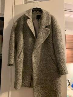 Oversized grey coat