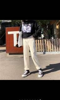 🚚 米白牛仔褲