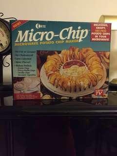 Micro-Chip microwave potato chip maker