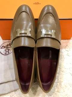 🚚 全新! Hermes優雅顯白焦糖色H logo小羊皮莫卡辛鞋(38碼/版型偏窄)