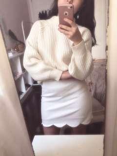 Topshop - Deidre White Flower Mini Skirt ( Like New )