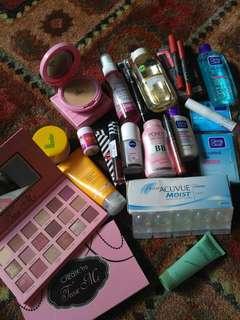 Pixy Wardah Ponds Garnier Clean&Clear Nivea Zoya Mizzu Ristra LTpro Hutmun Beauty Creation  kiss Proof Silkygril  Beauty water softlens acuvue