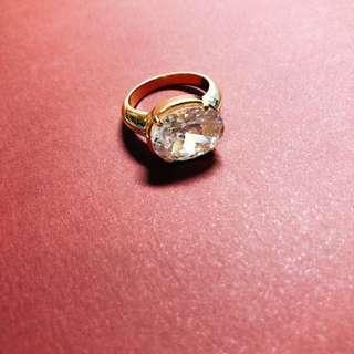 澳洲牌子 金色閃石戒指 gold tone rhinestone ring
