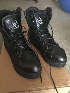 YRU Platform Boots