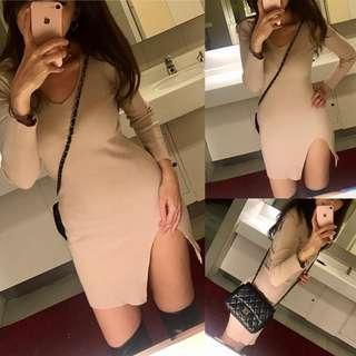 🚚 全新性感奶茶色長版合身洋裝彈力針織開衩洋裝長版毛衣駝杏色米色針織長版毛衣