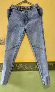 Celana Jeans Highwaist & Jogger
