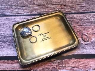 Vintage metal tray (S) 飾物收納