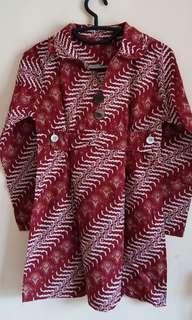 Batik Merah Maroon