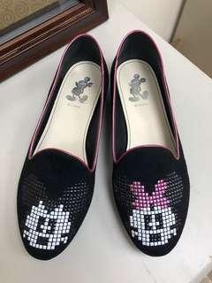 🚚 九成新Disney黑色包鞋