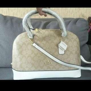 Coach Alma White Bag - Authentic Quality