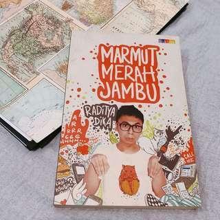 [Preloved] Marmut Merah Jambu by Raditya Dika