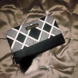 Colette black travel wallet