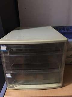 🚚 3 tiers Documents tray  x 2 pieces, 1 piece for $5