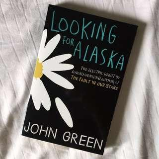 Looking for Alaska by John Green // Young Adult Fiction