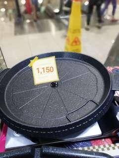 For sale!!!!  Korean BBQ Non Stick Stove Top Pan Grill/ Pan Samgyupsal