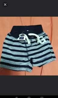 New Auth GAP baby shorts 3-6months