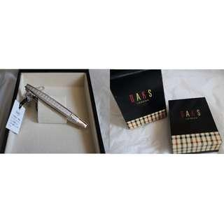 (BRAND NEW) DAKS ,LONDON,925 SILVER TIE CLIP 全新有盒,英國 DAKS 銀呔夾