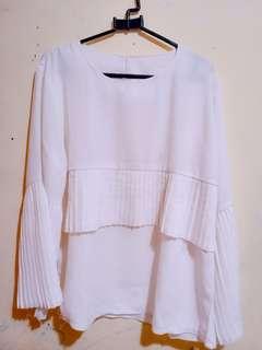❤️White pleats blouse #CNY2019