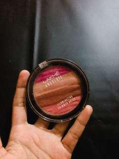 Blush on 3 in 1 product