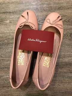 🚚 降價!Salvatore Ferragamo 羔羊皮芭蕾舞鞋(粉紅短跟)原價TWD16500、直接半價出售✨歡迎議價