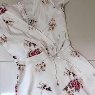floral ribbon tie white dress 👗