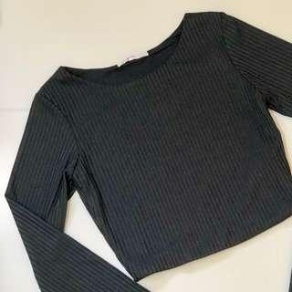 supre long sleeved black ribbed crop top